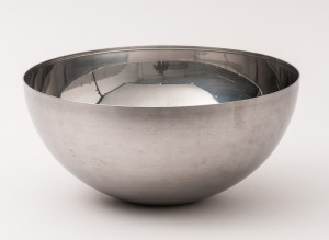 Bowl - 28 x 13 cm highly polished S/S